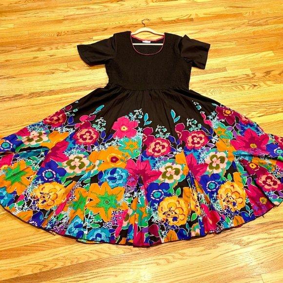 Drapers & Damons Dresses & Skirts - Drapers & Damons Floral Dress Bright Blossoms